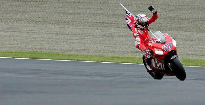 Vettel-Dovizioso come Raikkonen-Stoner nel 2007? Ferrari e Ducati incrociano le dita
