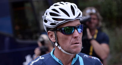 Doping, Armstrong patteggia causa contro governo Usa