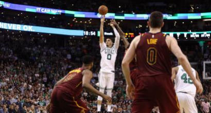 Nba, playoff: LeBron non basta, Boston rimonta e va 2-0