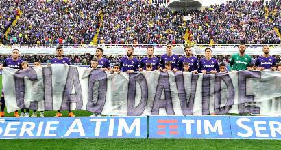 Tredici secondi per Davide Astori: la Serie A commemora il capitano della Fiorentina