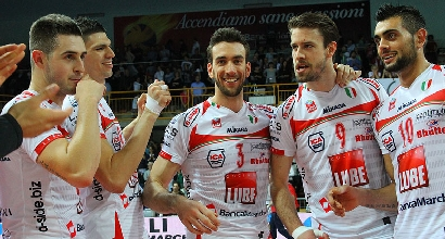 Volley, SuperLega: Macerata fa poker, Trento si rialza