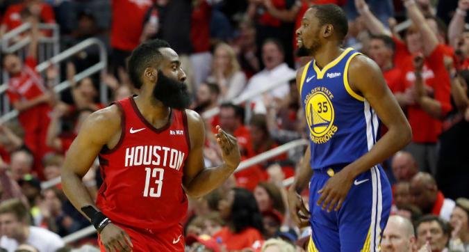 Nba, playoff: Antetokounmpo travolge i Celtics, Houston pareggia i conti nella serie