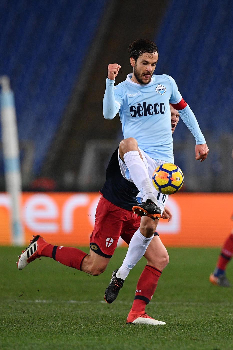 Serie A: Lazio-Genoa 1-2, le foto del match