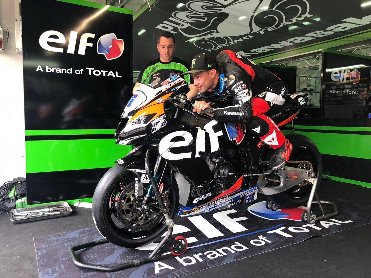 """Superbike, Leon Haslam riporta in pista la """"Elf"""" del padre"""