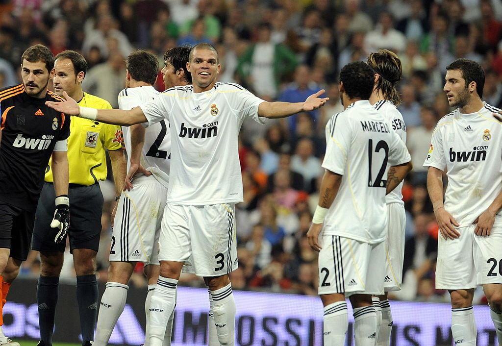Pepe, Real Madrid: 10 giornate di squalifica per un fallaccio su un avversaio del Getafe e testata ad un altro (2009)