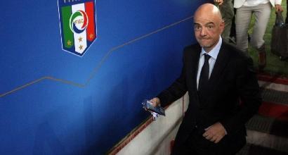 Calcio, Italia-Francia: la Fifa promuove la video assistenza arbitrale