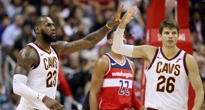 Nba: LeBron immenso, 57 punti e Cleveland torna a vincere. Belinelli e Atlanta ancora ko