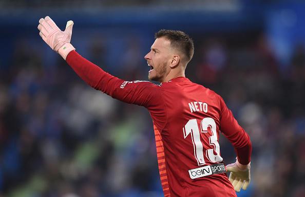NETO E IL VALENCIA - Dalla Juve è passato al Valencia nel 2017, pagato 6 milioni più bonus. Ha una clausola rescissoria di 80 milioni. Quasi sempre titolare con la maglia della squadra spagnola, per il momento non ha conquistato alcun trofeo ma almeno gioca, mentre a Torino compariva solo ogni tanto.