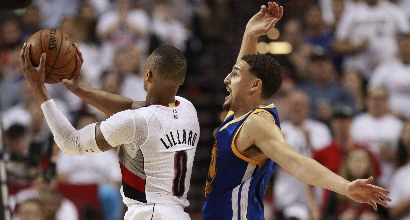 Playoff Nba: Lillard travolge i Warriors, ok Raptors a Miami
