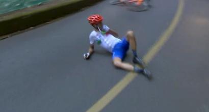 Ciclismo: Nibali operato alla clavicola