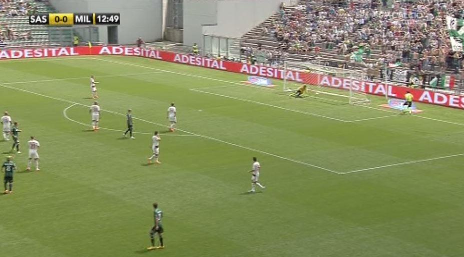 La palla sembra non aver oltrepassato completamente la linea di porta in occasione dell'1-0 del Sassuolo sul Milan firmato Berardi.<br /><br />