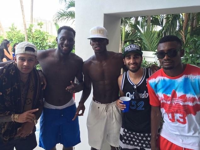Pogba, vacanze con Lukaku e Depay: le foto