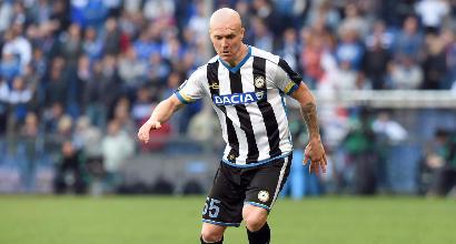 Udinese: rubano maglia a bambino, Hallfredsson gliela ridarà