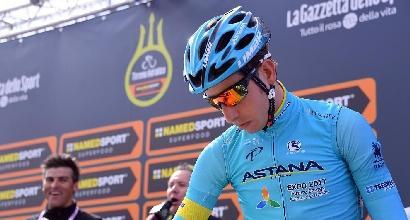 Giro d'Italia, omaggia Scarponi