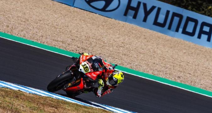 Superbike, Superpole Race a Jerez: Bautista trionfa ancora, Melandri 3° e battuto da Van der Mark