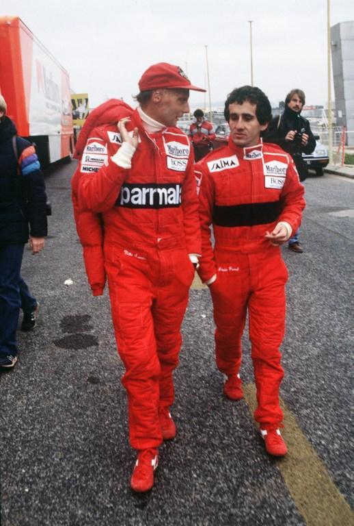 Niki Lauda è morto. I 70 anni del mitico pilota austriaco: 25 GP vinti, 24 pole position, 54 podi e 3 titoli mondiali. Il trionfo del 1975 con la Ferr...