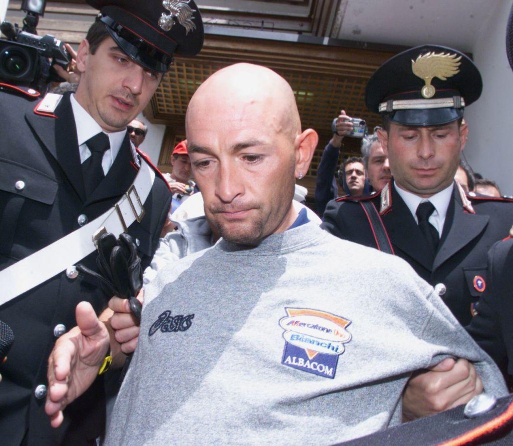Pantani, 20 anni fa lo shock doping al Giro d'Italia