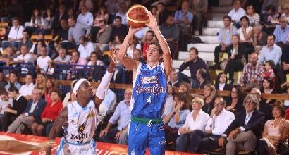 Basket, Serie A: colpi esterni di Brindisi e Reggio Emilia