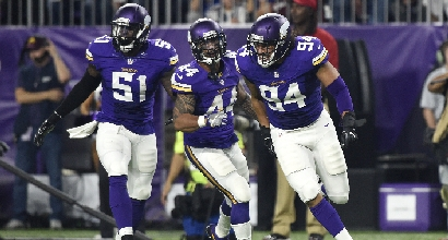 Nfl: quattro in fila per i Vikings, crisi Giants