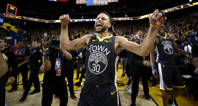 Nba, playoff: Golden State rimonta da -15 e va sul 2-0 in finale a Ovest