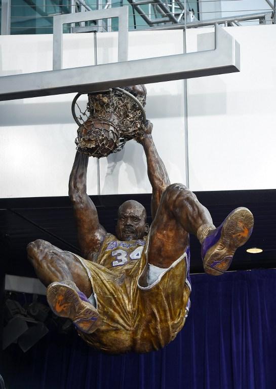 Lakers, anche Shaq ha la sua statua