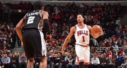 Nba: Rose schianta gli Spurs, Clippers spaventosi
