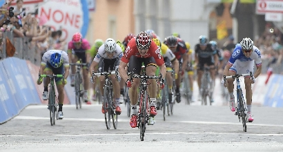 Giro 2016, 5a tappa: volata imperiale di Greipel