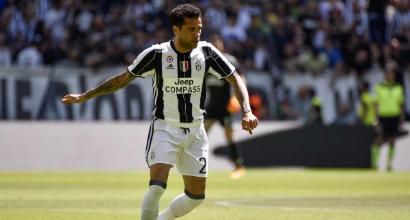 Dani Alves verso la risoluzione del contratto con la Juve