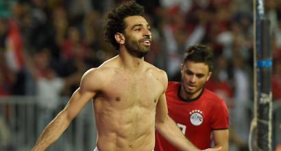 Giovane tifosa a Salah: