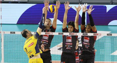 SuperLega, la Lube batte a fatica Verona