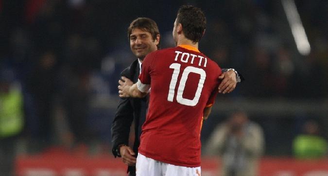 Roma, l'obiettivo è chiaro: Totti chiama Conte. Ma dall'Inghilterra avvisano: alt, c'è la Juve!
