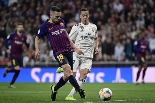 Jordi Alba: 6,5: da una sua giocata nasce il primo gol, quando attacca è decisivo