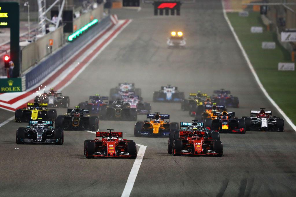F1, Hamilton vince in Bahrain