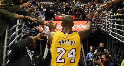 Nba: Bryant è di nuovo super, ridono i Lakers