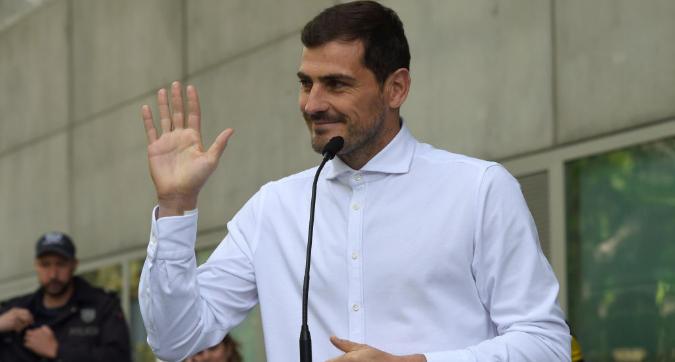 """Porto, Casillas si ritira? Il portiere: """"Calma per ora"""""""
