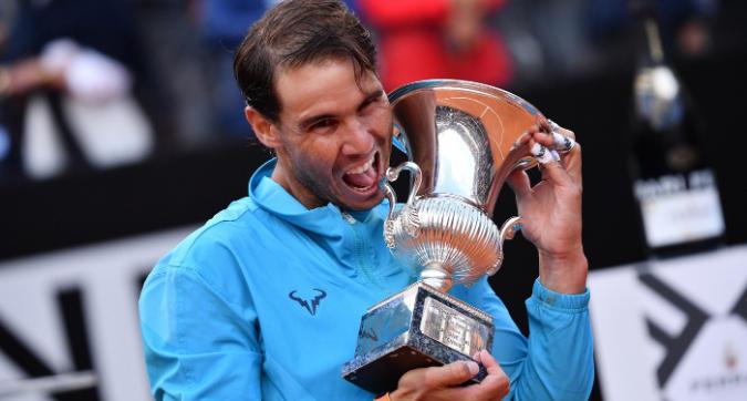 Tennis, Masters 1000 Roma: Nadal trionfa al Foro Italico, battuto Djokovic in finale