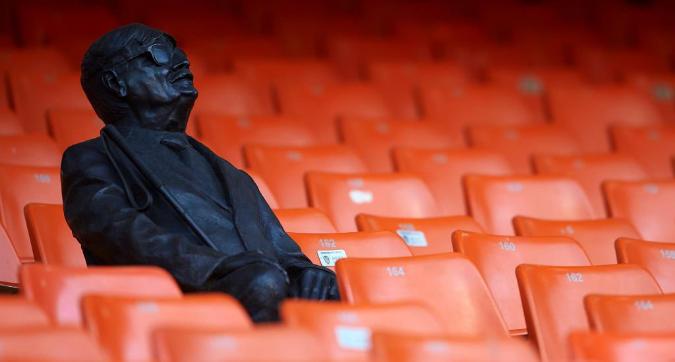 Valencia, statua al Mestalla per un tifoso cieco sempre presente dagli Anni '50