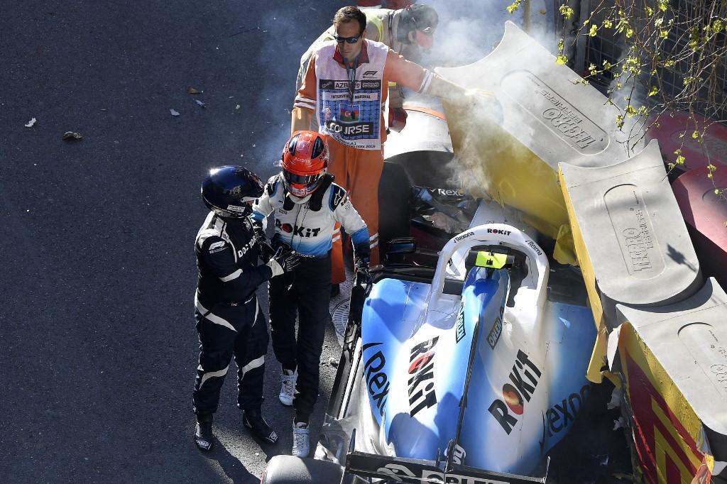 Doppio incidente per il polacco della Williams e per il monegasco della Ferrari in qualifica a Baku