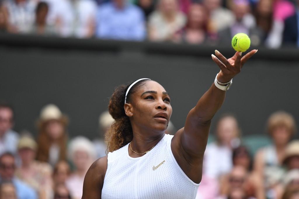 Wimbledon: Halep regina, Serena Williams travolta