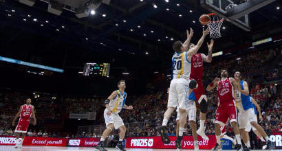 Basket, playoff Serie A: Milano si rialza, Trento-Sassari 2-0