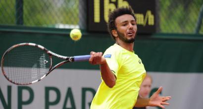Roland Garros, Hamou tenta di baciare una giornalista: e finisce nei guai