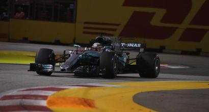 """Formula 1, Hamilton punzecchia Vettel: """"È stato bello vedere le tue debolezze"""""""