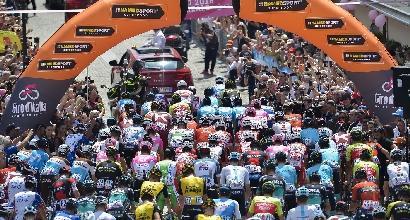 Sabotaggio al Giro: vetri e olio sul percorso della tappa