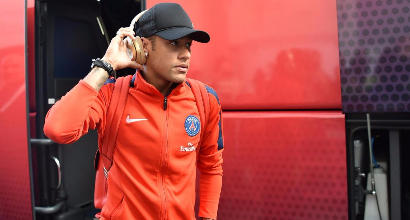 Neymar denuncia il Barcellona
