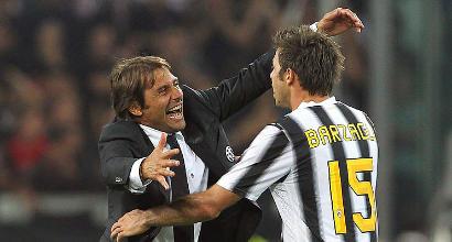 Barzagli, l'ultimo istante da calciatore: lungo abbraccio con Allegri che si commuove