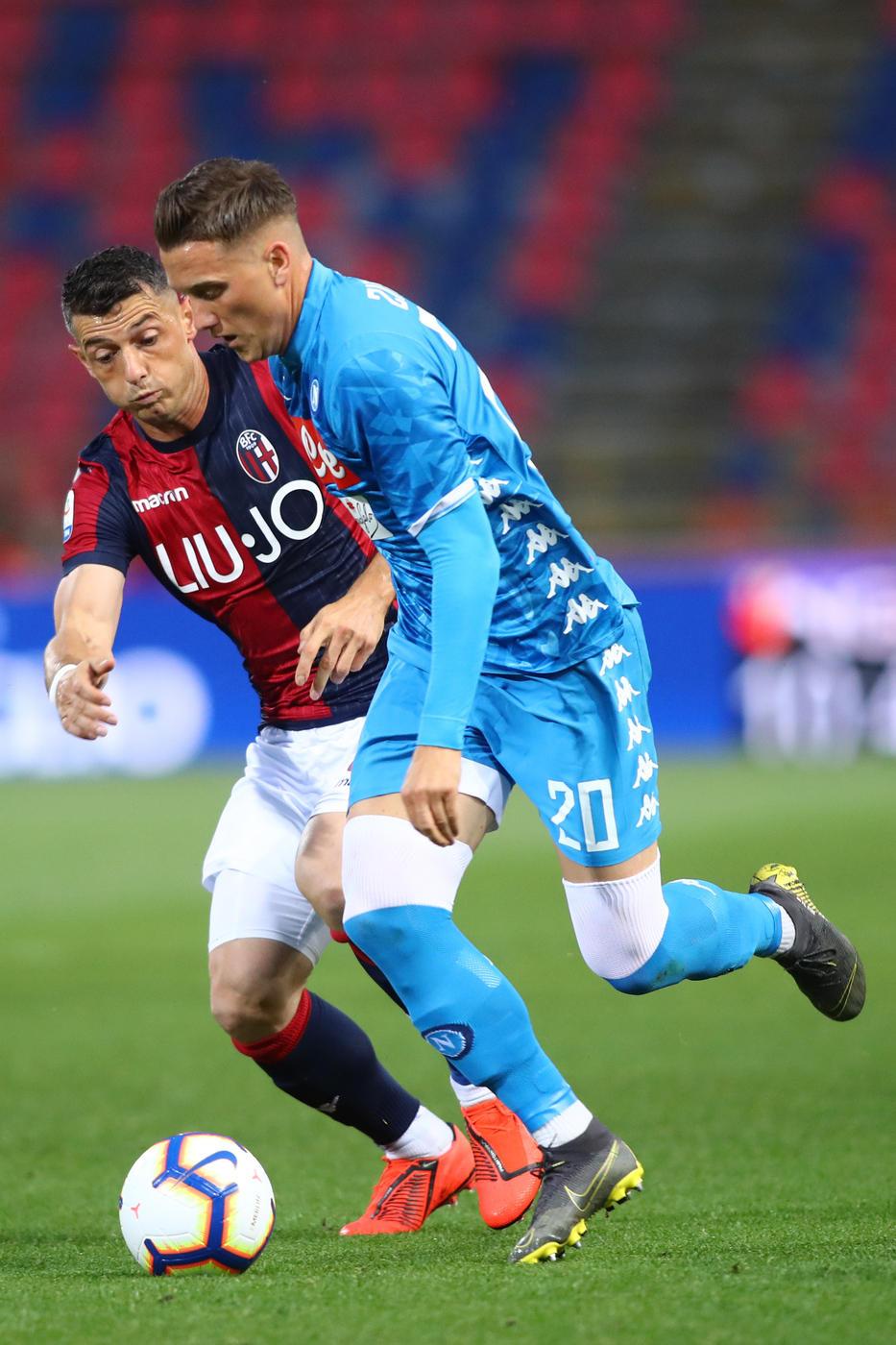 Napoli, niente rimonta: il Bologna vince 3-2