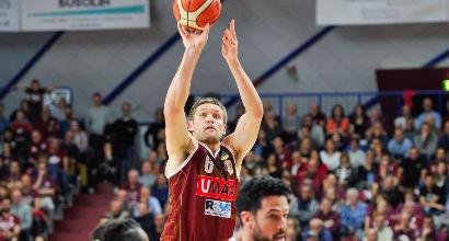 Basket, Serie A: Venezia rimonta Cantù, Cremona resta in scia