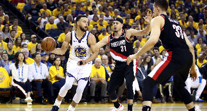 Nba, playoff: tutto facile per Golden State in gara-1 anche senza Durant