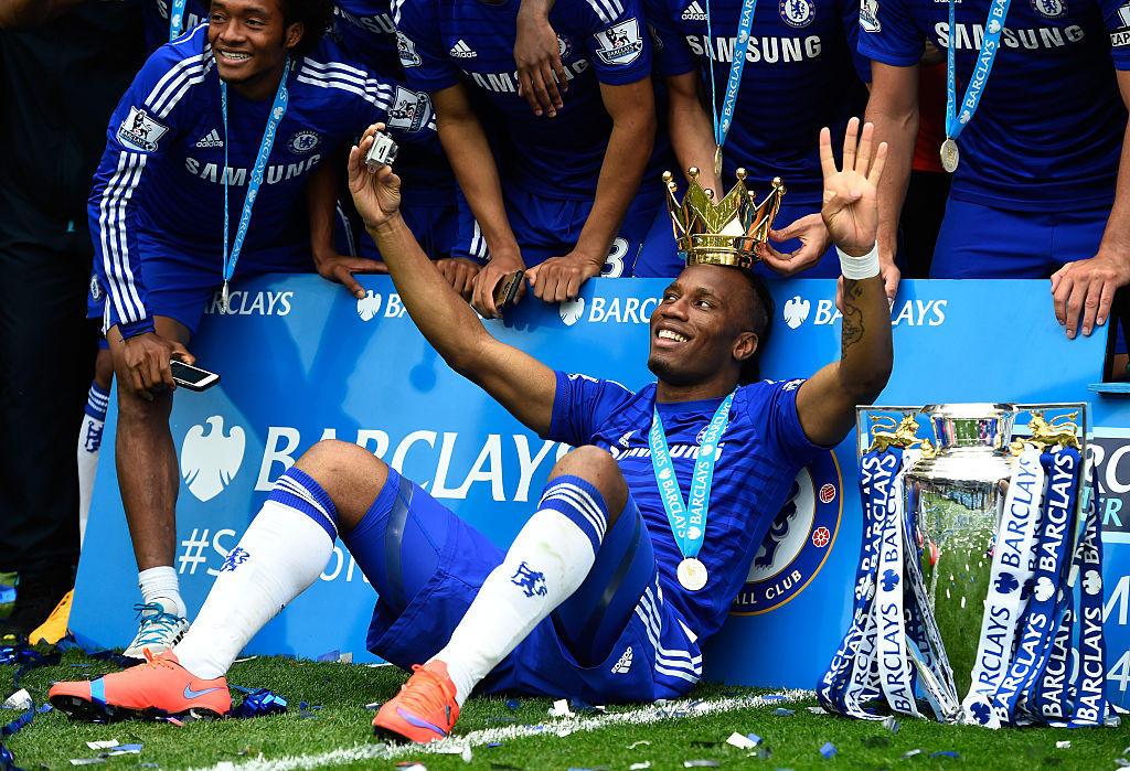 In Blues vince tredici tornei nazionali: quattro Premier League, tre Coppe di Lega, due Community Shiled, quattro coppe d'Inghilterra