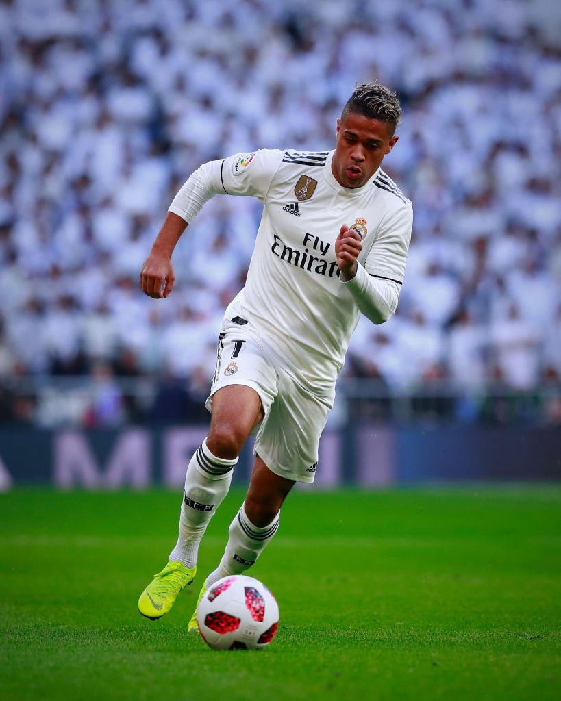 Mariano Diaz: il Real si aspettava di più, lui vorrebbe restare. Decide Zidane